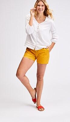 b50c5440e Women: Shorts   Old Navy