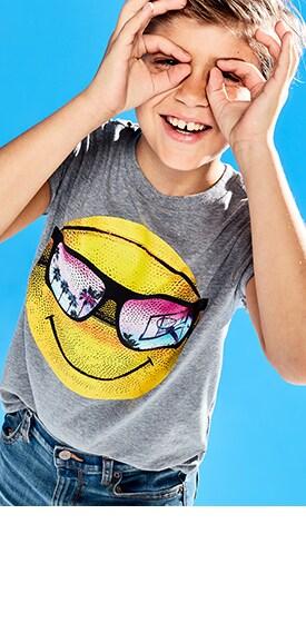 Magasiner les t-shirts graphiques