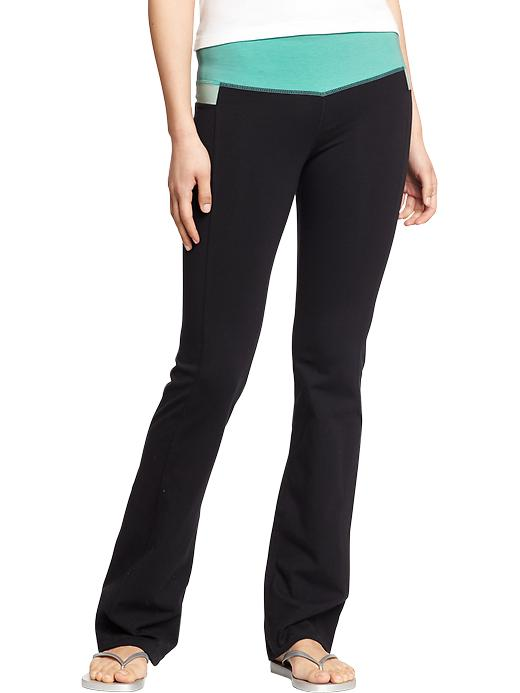 Old Navy Women's Slim Boot Cut Yoga Pants - Magic mint polyester - Old Navy Canada
