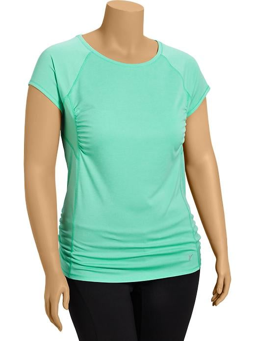Women's Plus Active By Old Navy Running Tops - Tropical plunge poly - Old Navy Canada