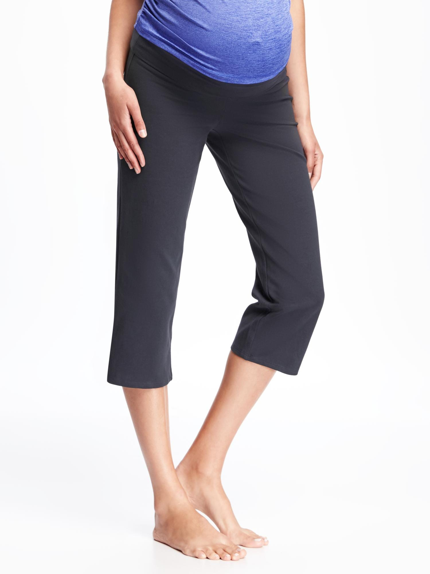 a6652eaafdb10 Maternity Roll-Panel Yoga Capris | Old Navy