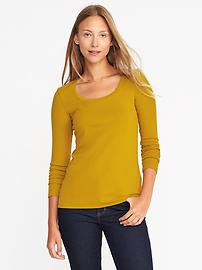 Semi-Fitted Classic Scoop-Neck Tee