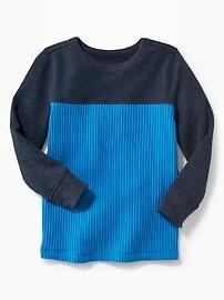 T-shirt isotherme à couleurs contrastantes pour tout-petit garçon