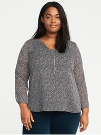 Relaxed Plus-Size Shirred Blouse