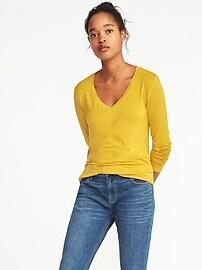 T-shirt luxueux à col enV avec ourlet arrondi pour femme