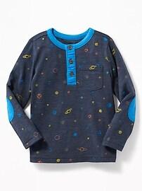 Henley en tricot grège à imprimé pour tout-petit garçon