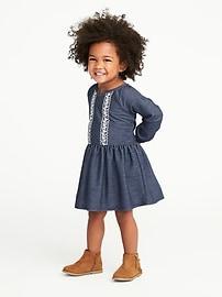 Robe en jersey bouclette à taille basse pour toute-petite fille