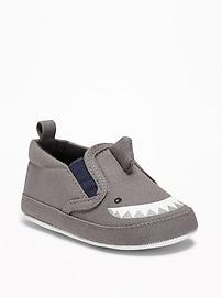 Chaussures à enfiler en toile à motif de requin pour bébé