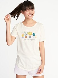 Relaxed Curved-Hem Graphic Tee for Women