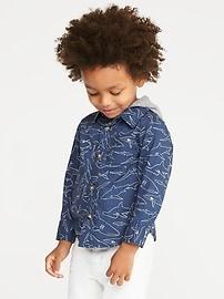 Chemise Built-In Flex à imprimé de requins avec capuchon en jersey pour tout-petit garçon