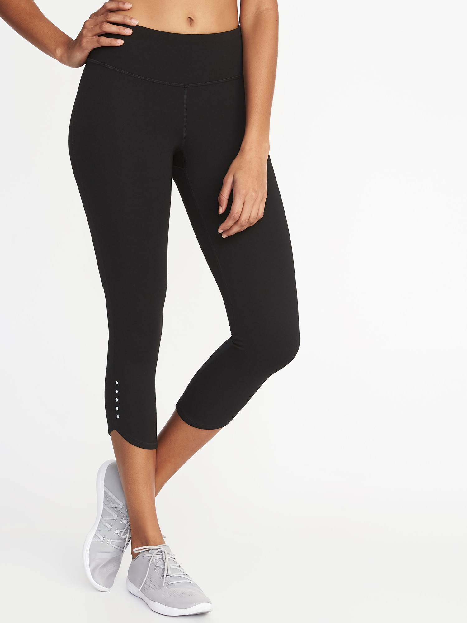 846c96dd164b0 Mid-Rise Elevate Compression Run Crops for Women | Old Navy