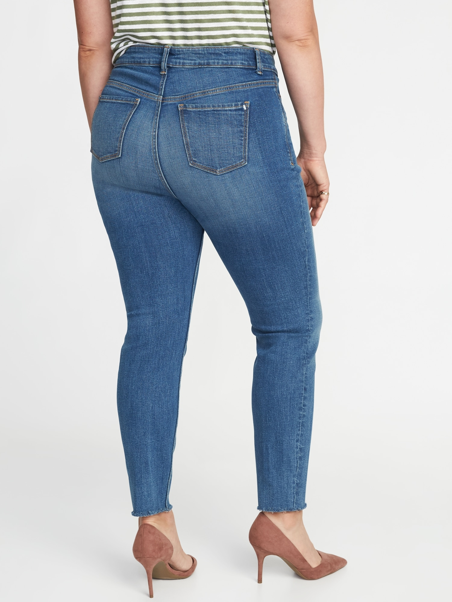 c18c5ef139a High-Rise Secret-Slim Pockets Plus-Size Raw-Edge Rockstar Jeans ...
