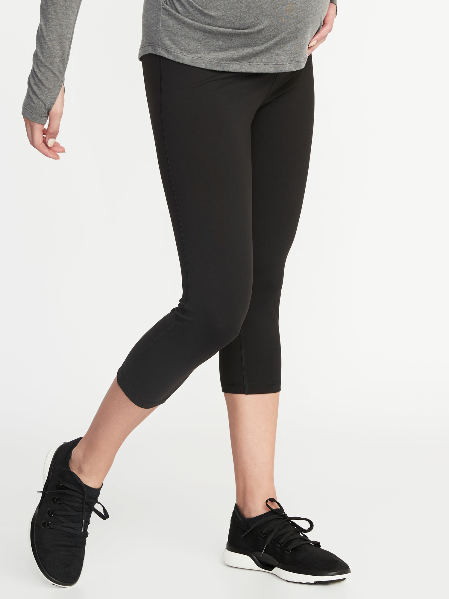 f336d7bcde2643 Maternity High-Rise Elevate Compression Crops | Old Navy