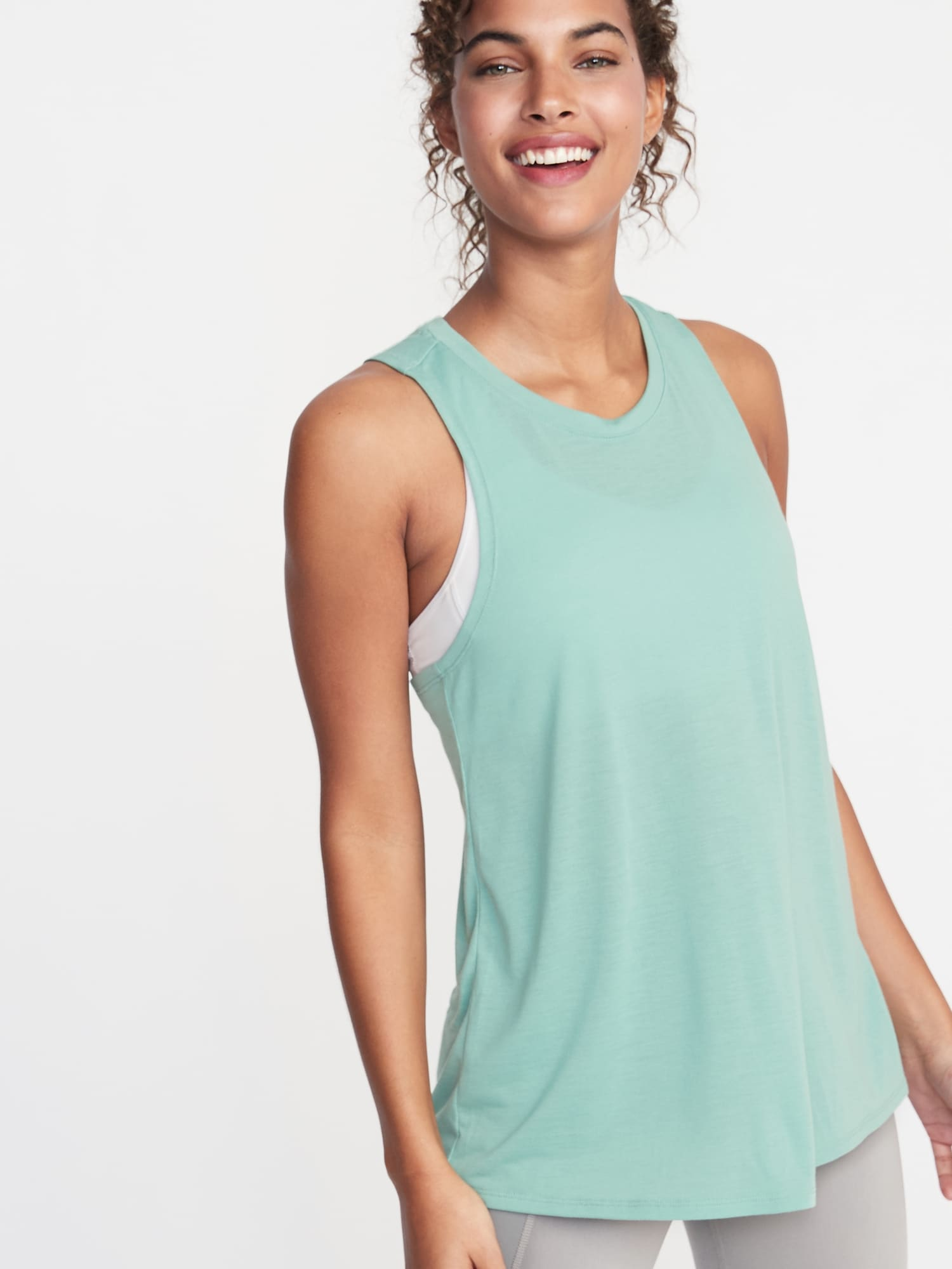ae94df6f787d0 Relaxed Lightweight Cross-Back Performance Tank for Women