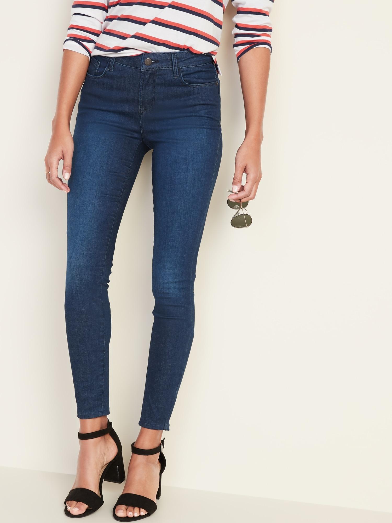 Old Navy Women's 12 Mid-Rise Built-In Warm Rockstar Super Skinny Black Jeans