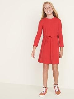 Robe en tricot côtelé à col montant et à taille défini pour filles