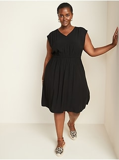 Waist-Defined Sleeveless Plus-Size Dress