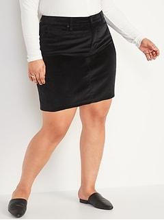 High-Waisted Secret-Slim Pockets Velvet Plus-Size Skirt