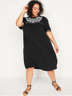Embroidered Swing Plus-Size Midi Dress