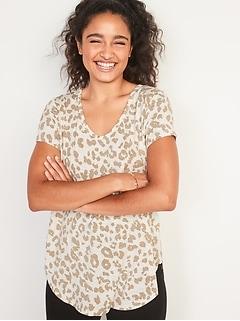 Luxe Leopard-Print Voop-Neck Tunic Tee for Women